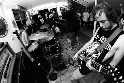 deciblog-blistered-guitar